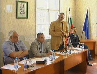 """Водачът на листата на коалиция """"Напред"""" Любен Дилов се срещна с координаторите в страната"""