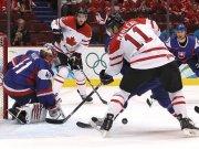 След победа над Словакия с 3:2 Канада среща САЩ на финала в хокея