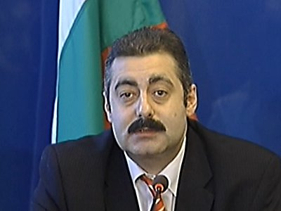 Министър Нанев подаде оставка